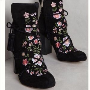 • Sam Edelman • Winnie Floral Embroidered Boots
